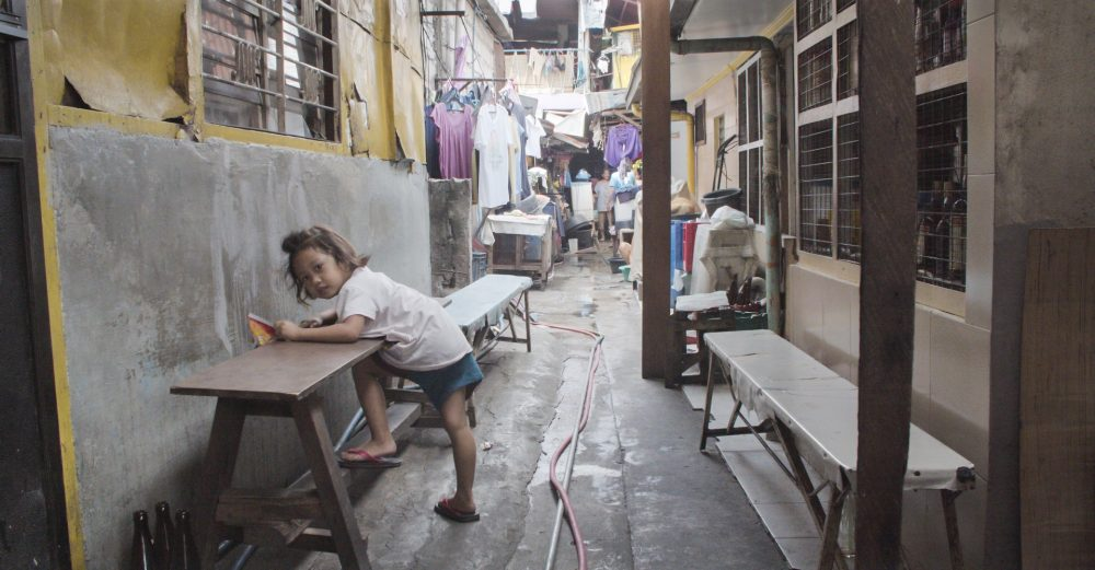 Manila Slums. Photographies by NeverSceneFilms